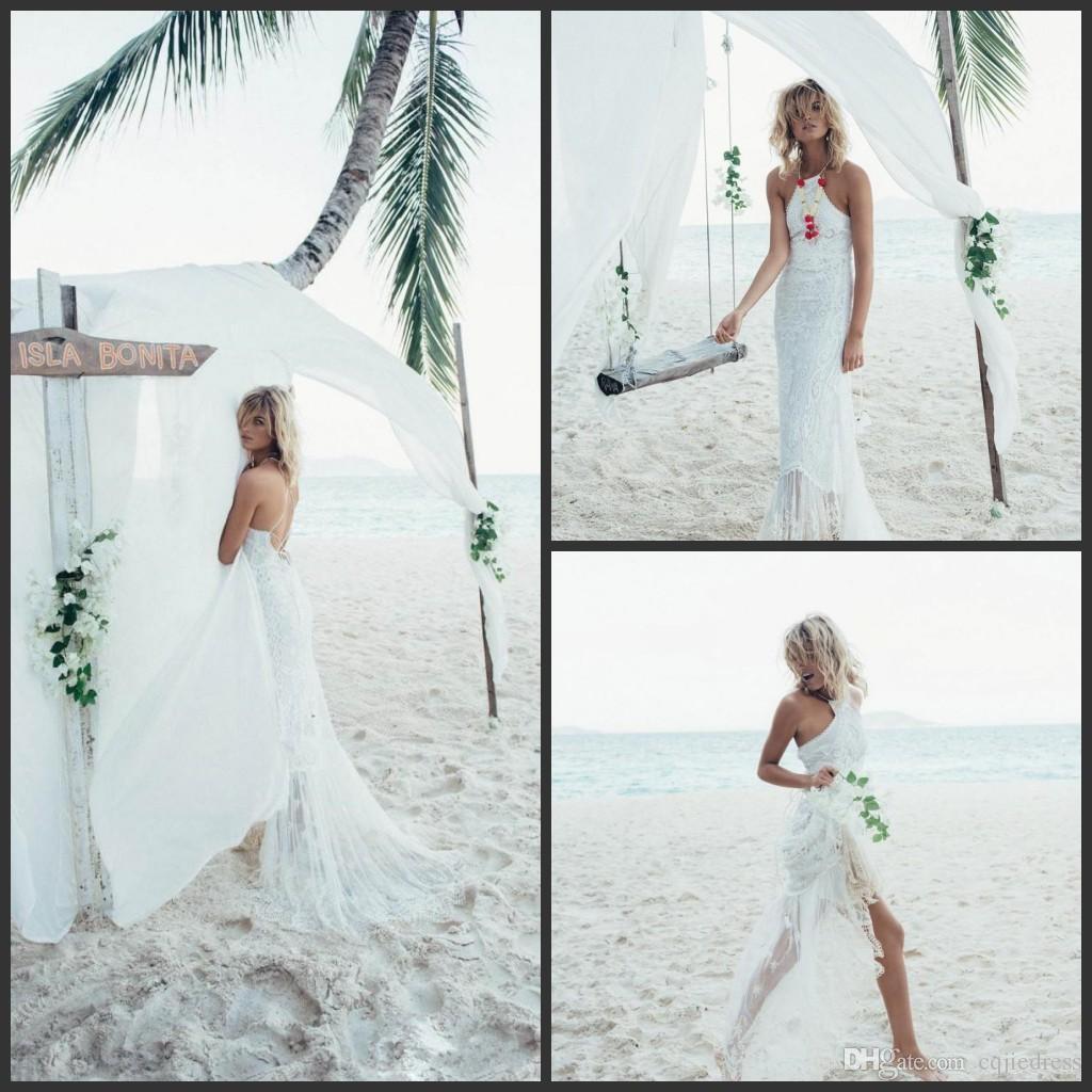 2018 nuevos vestidos de boda de la playa de la sirena baratos Backless apliques de encaje Halter escote Vestidos de novia vestido de boda atractivo del tren del barrido 2019