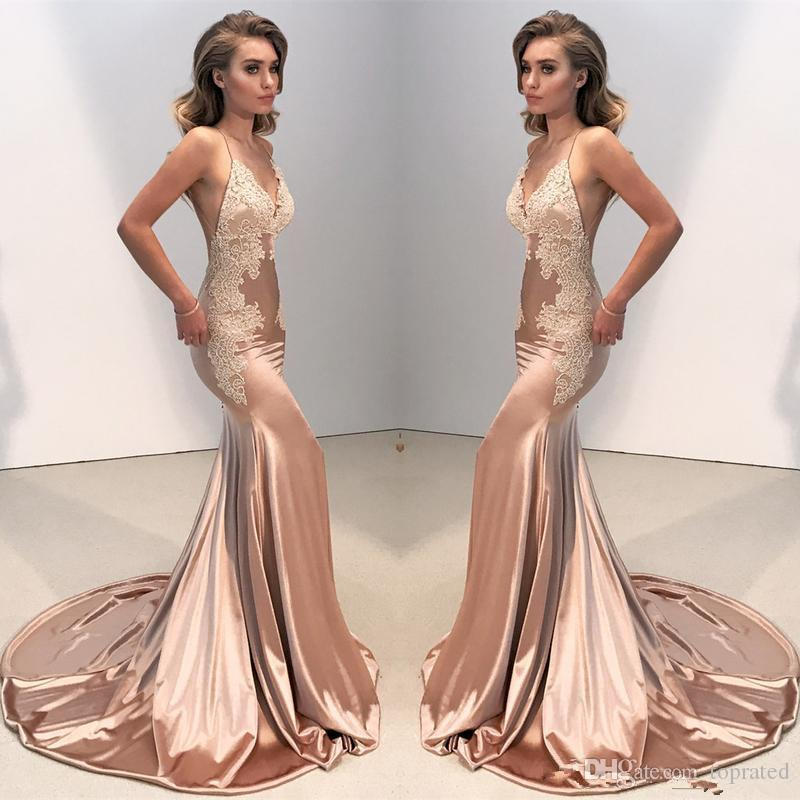 Sexy V Neck Backless Lace Fitted Prom Dress 2019 Mermaid Spaghetti Straps Arabic Long Evening Gowns Appliques
