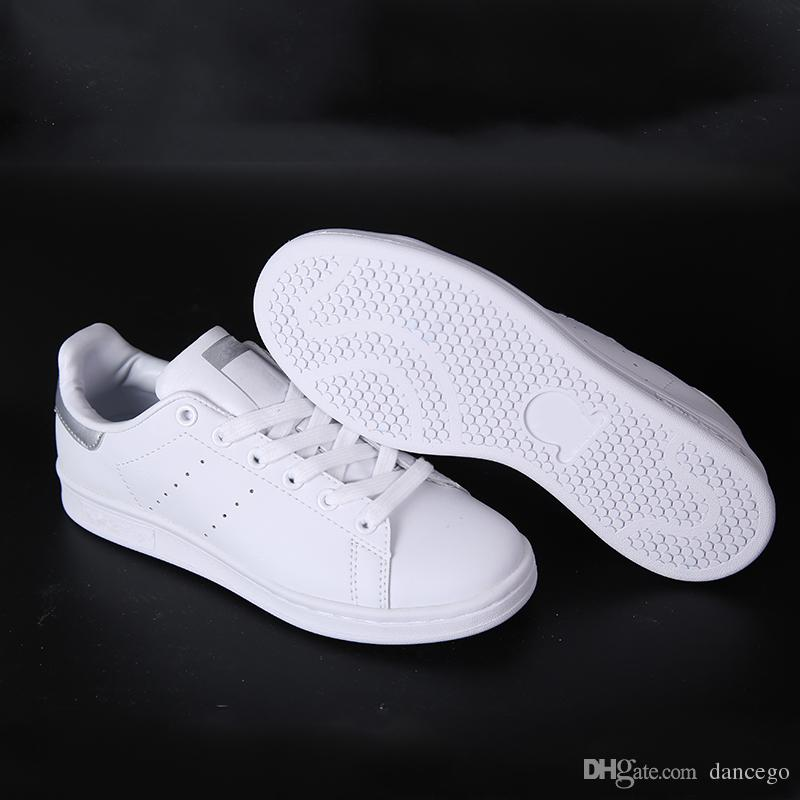 2019 Cheap Mens Originals Stan Smith Shoes Womens Top Quality Leather Leisure Shoes Silver White Perfect Match Loafers With Box SizeUS5 10 From