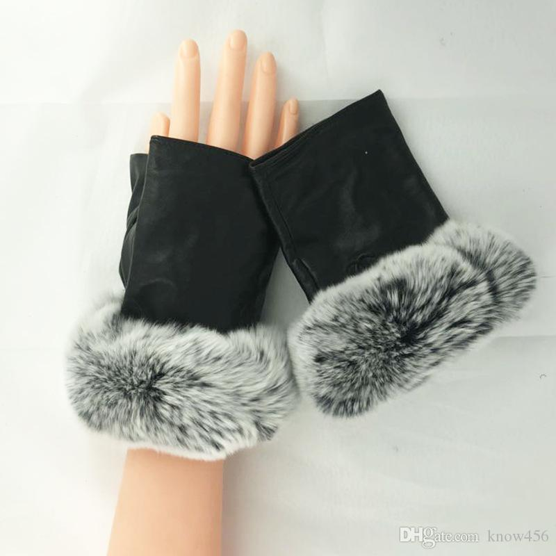 Leather full touch gloves girl.Half of the rabbit fur mouth autumn winter warm skin points to go outdoors