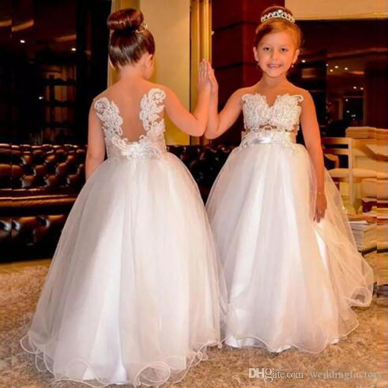 アラビアの花の女の子のドレスレース真実の背骨のないチュール子供のウェディングドレスビンテージの小さな女の子のページェントのドレス
