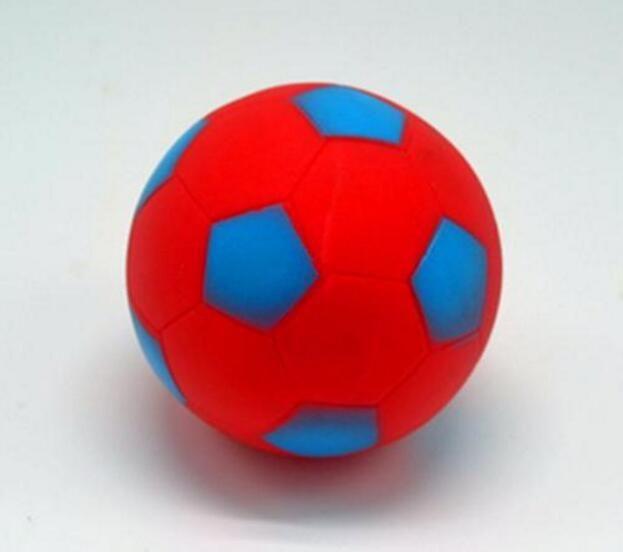 Zabawka dla zwierząt Trwała nowy kształt piłki nożnej mały piłka psa dźwięku treningu żucia skurczowe zabawki dla wielokolorowego koloru
