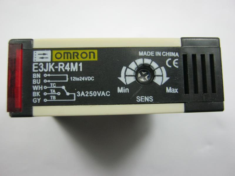 Omron E3JK-R4M1 12-24VDC 5 fili Nuovo sensore interruttore fotoelettrico di alta qualità