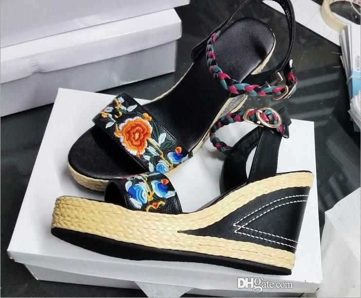 Китайский национальный ветер дамы босоножки на высоком каблуке, чистые ручные вышивки, высококачественные кожаные женские сандалии, бесплатная доставка