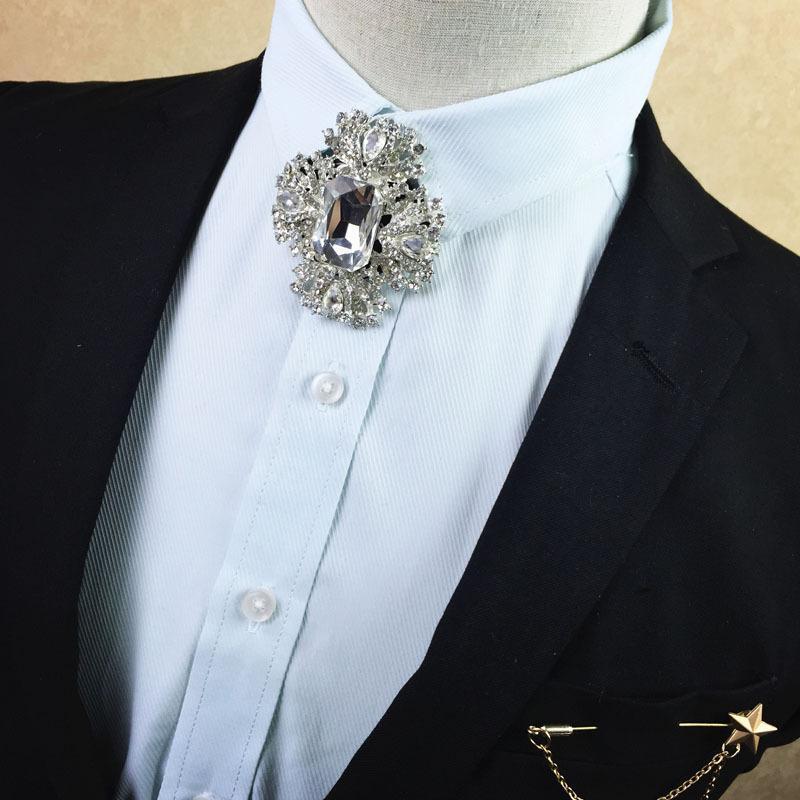 Collare Bow Tie vestito da sposa da sposa Fashion Boutique Accessori Abbigliamento argento con diamanti legame degli uomini coreano Spilla Fiore