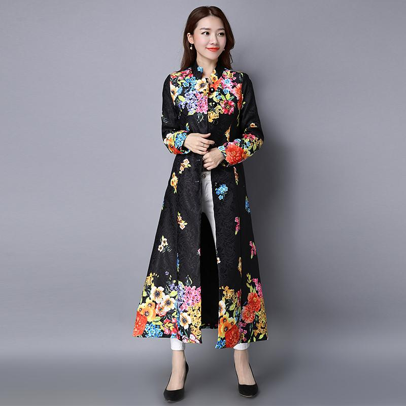 Cardigan à manches longues national vent de nouveau fonds de 2018 robe de printemps impression rétro long manteau femme coton littéraire boutons S18101102