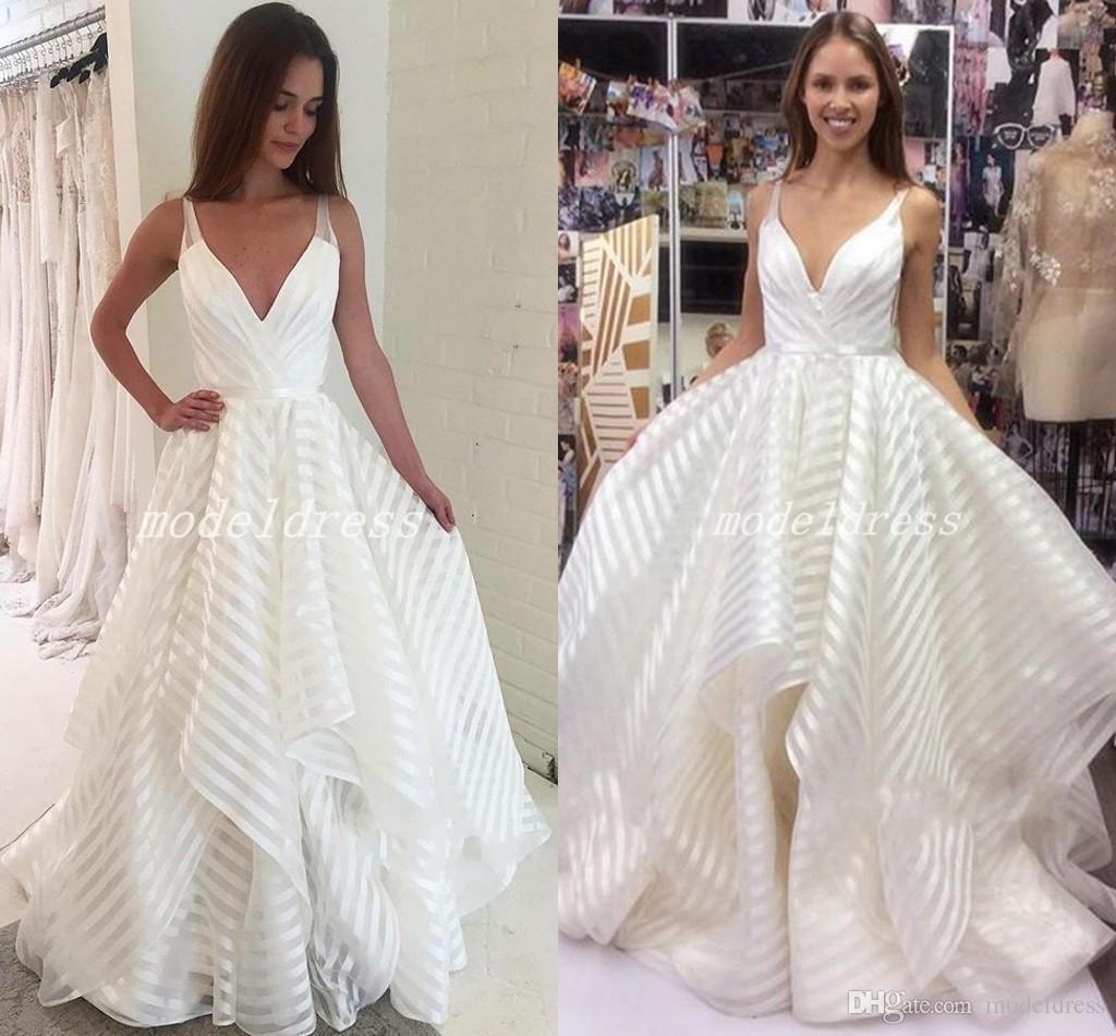Abiti Da Sposa 2018.Discount Trendy Wedding Dresses Spaghetti V Neck A Line Floor