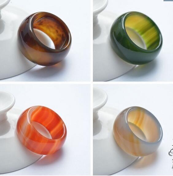Natural Um anel de ágata de grau Verde calcedônia de cristal puxar o dedo Homens e mulheres jade gemstone casal