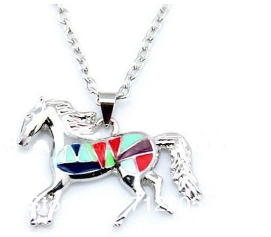 Esmalte colar de pingentes de cavalo para as mulheres de prata banhado a esmalte jóias dom transporte da gota