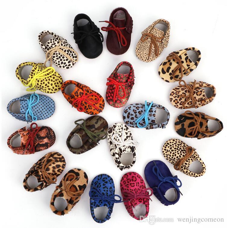 Cuoio genuino Neonati maschi Mocassini scarpe morbide Moccs Presepe Modella leopardo crine scarpe da ginnastica per Neonato ragazza dei capretti 0-2T