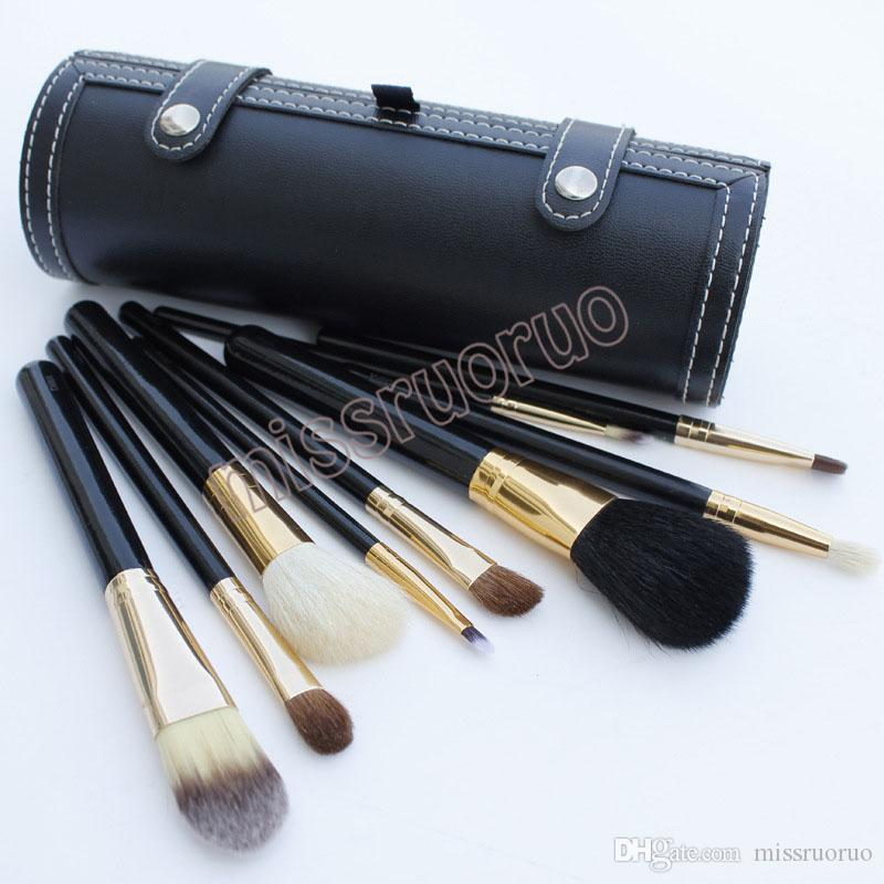 Hot Selling 9 pcs/set Portable Travel Kits Wooden handle animal hair brush bucket make up brush with Round Barrel