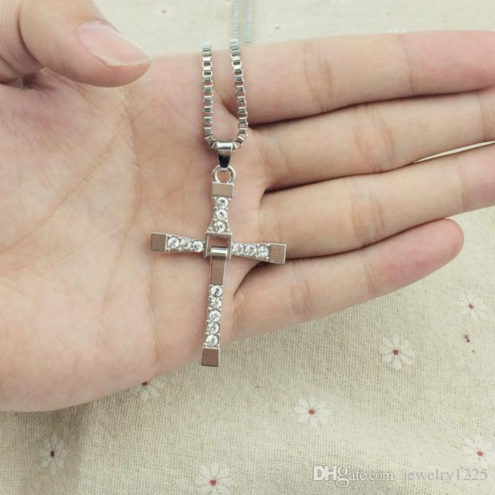 FASHIN free shipping Fast and Furious 6 7 hard gas actor Dominic Toretto / cross necklace pendant,gift for your boyfriend