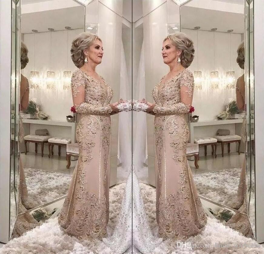 2018 Luxus Mutter der Brautkleider V-Ausschnitt Lange Ärmel Kristall Perlen Meerjungfrau Spitze Applique Plus Size Party Abendhochzeit Guest Gowns