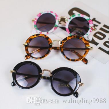 Gläser für Kinder Sonnenbrille Sonnenbrille Sun Paar Jungen Gläser Designer Adumbral Kinder Vintage Runde Sommer Strand Sunblock Mädchen 30 FA HPTU