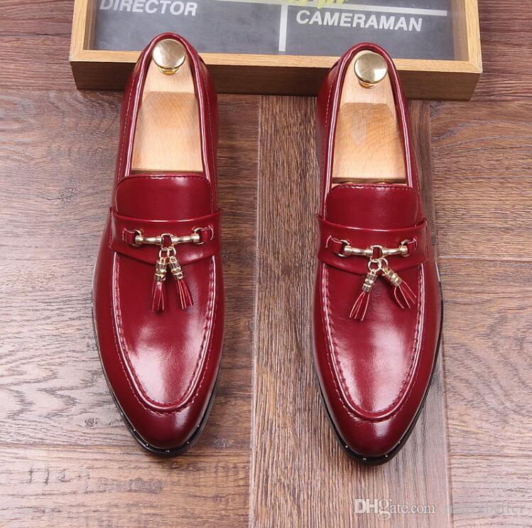Moda hombre punta estrecha Slip-On de la borla de los holgazanes de cuero para hombre genuino Pisos Fiesta de conducción de los hombres Mocasines Oxfords Casual Shoes