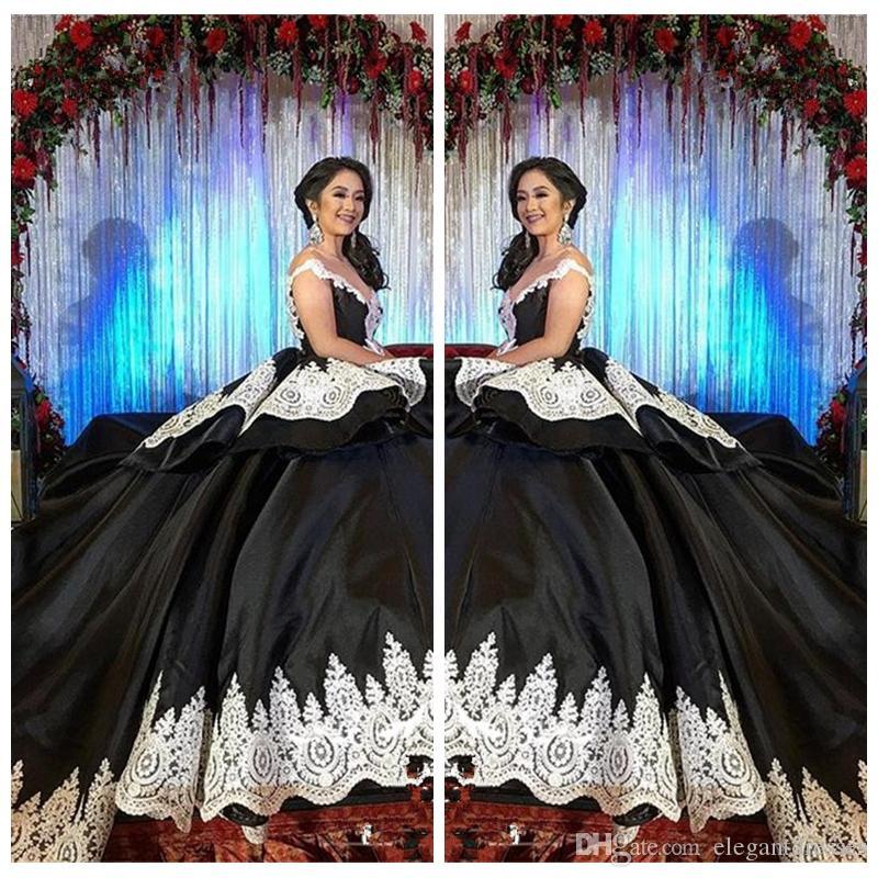 2021 Formal Gótico Black Sweet 16 Masquerade Quinceañera Vestidos con encaje blanco Vestidos árabes 15 Anos Girl Cumpleaños vestidos de baile Personalizado