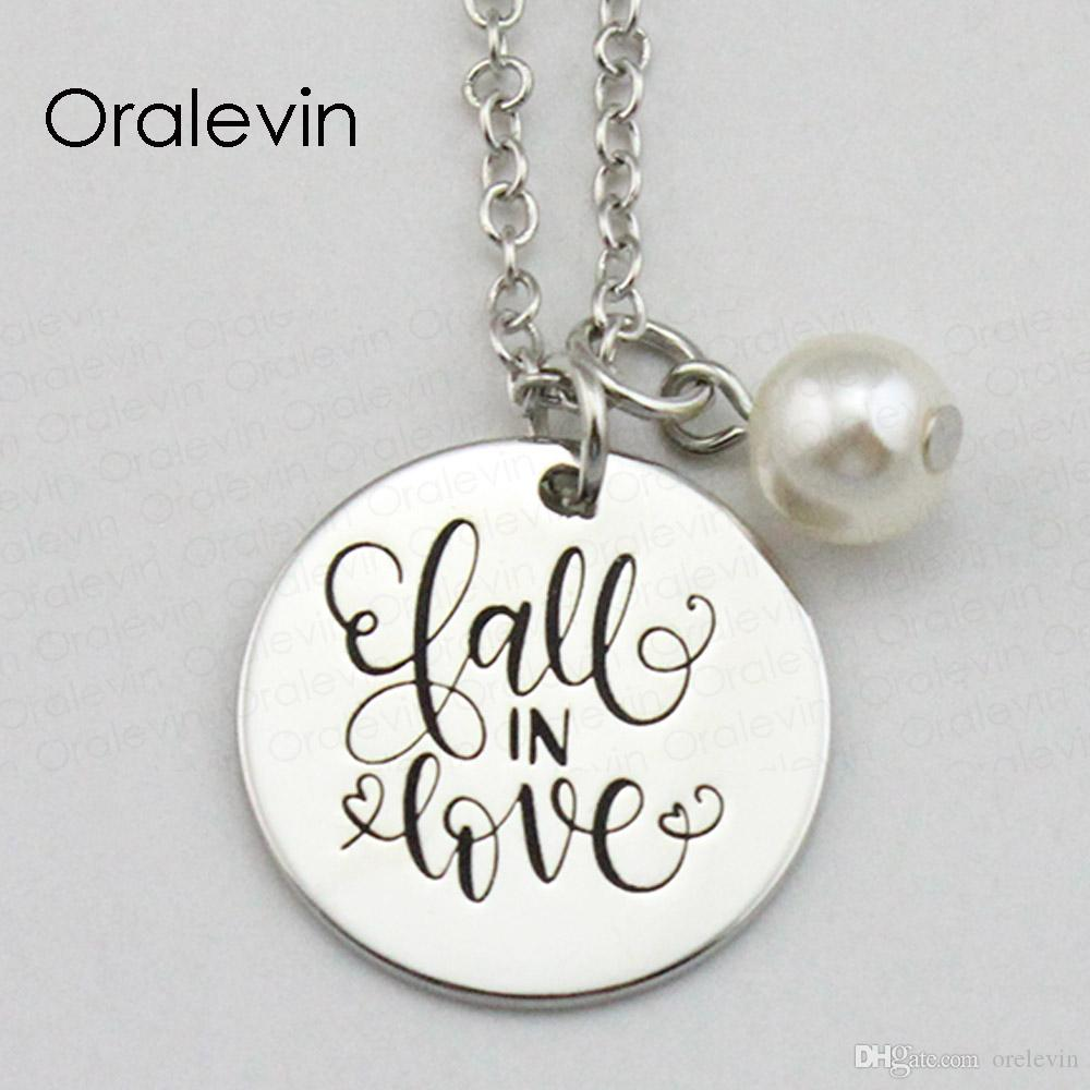AUTOMNE EN AMOUR Inspirée à la main estampé gravé personnalisé pendentif créatif femme chaîne collier cadeau bijoux, 18 pouces, 22 mm, 10 pcs / lot, # LN2063