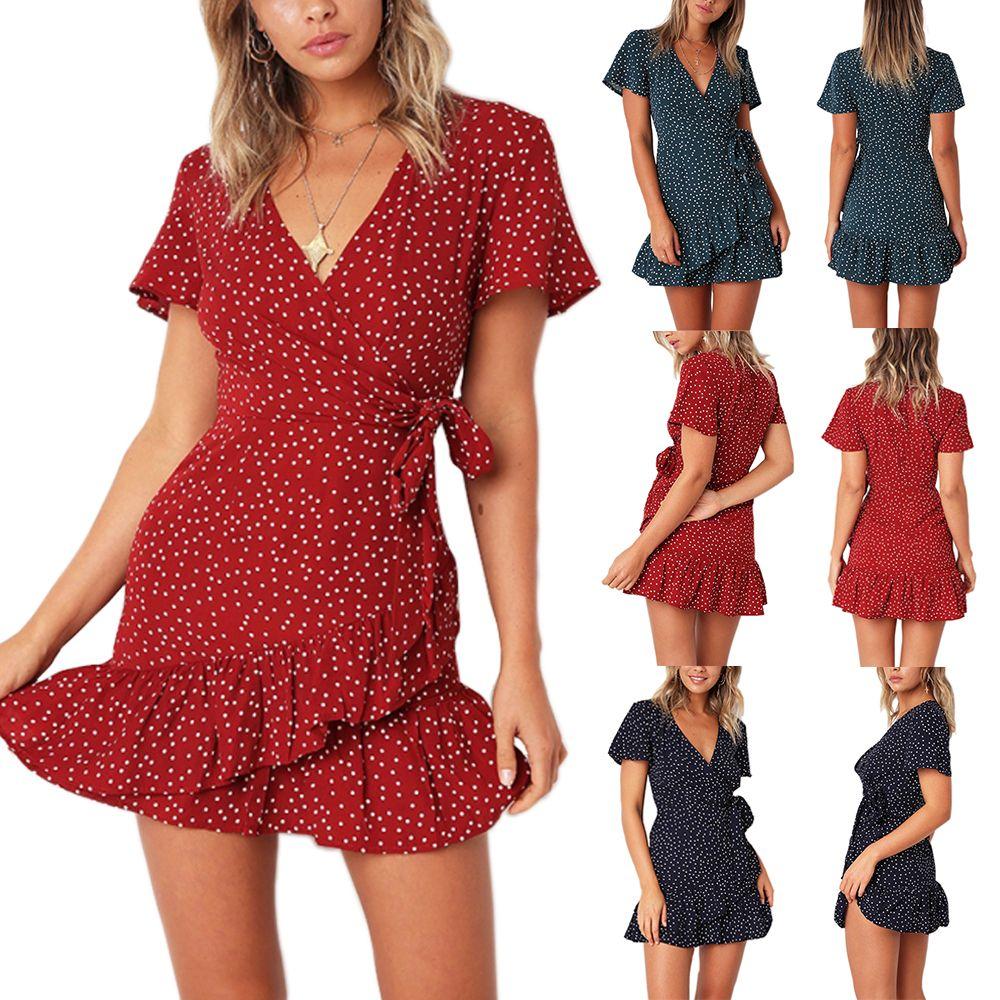 Kadın patlama modelleri Avrupa ve Amerika Birleşik Devletleri yeni V yaka kısa kollu pileli dantel baskı elbise