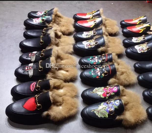 Designer Designer Genuine Pelle Mocassini di Pelliccia Slipper di lusso con fibbia Moda donna Princetown Casual Fur Mules Flats Nuovo spedizione gratuita 34-44