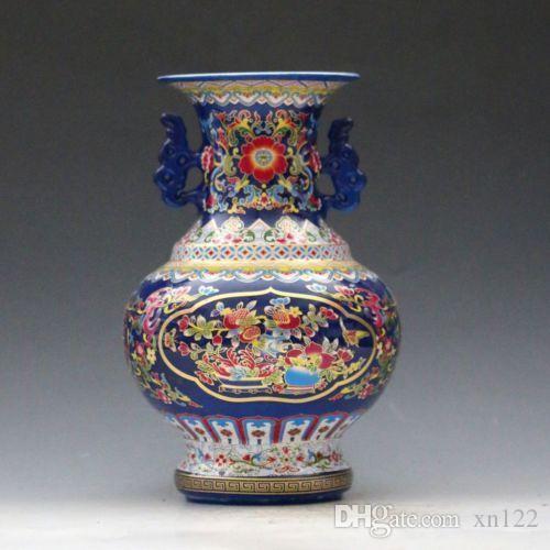 Vaso cinese in porcellana Jingdezhen Famille Rose dipinto a mano