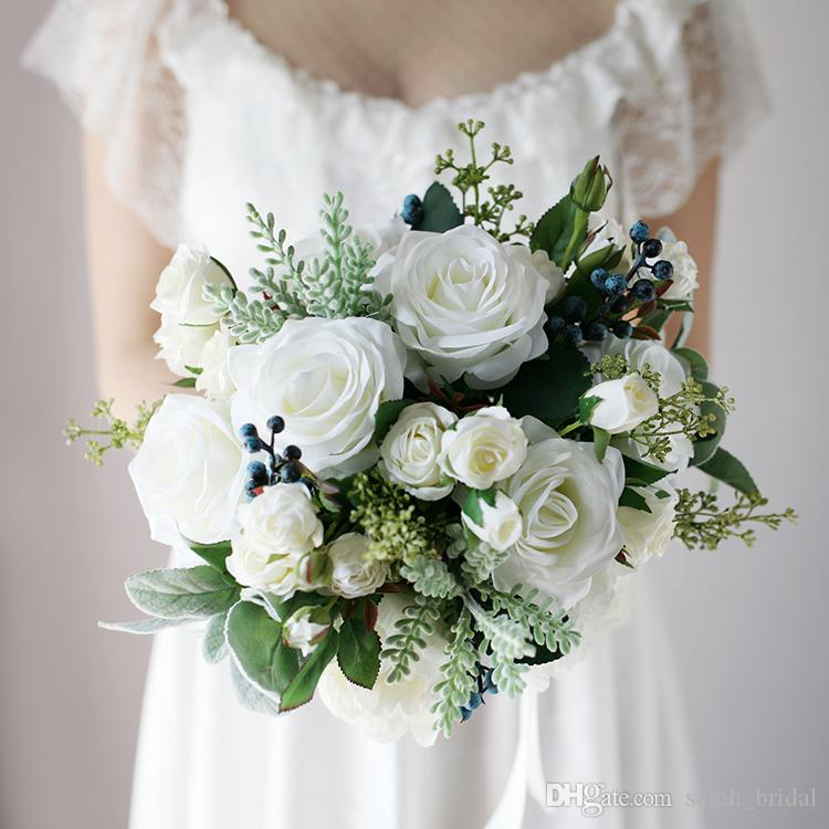 Artificial Wedding Bouquets.New White Country Artificial Bridal Bouquets 2018 Rose Berries Touch Fabric Wedding Supplies Bride Holding Brooch Bouquet Wedding Supplies Flowers And
