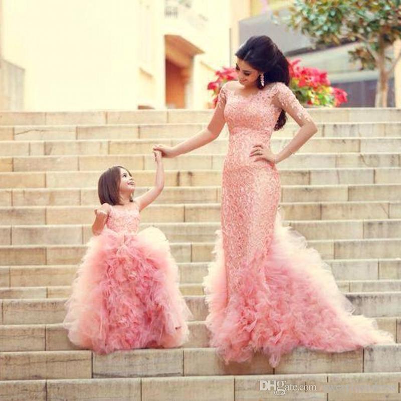 2017 кружева аппликация мать и дочь платье с оборками дети форма одежда Jewel шеи молния назад цветок девушки платье дешевые пром платье