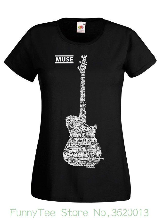 Fille mignonne danime guitare cadeau de joueur guitare T-Shirt