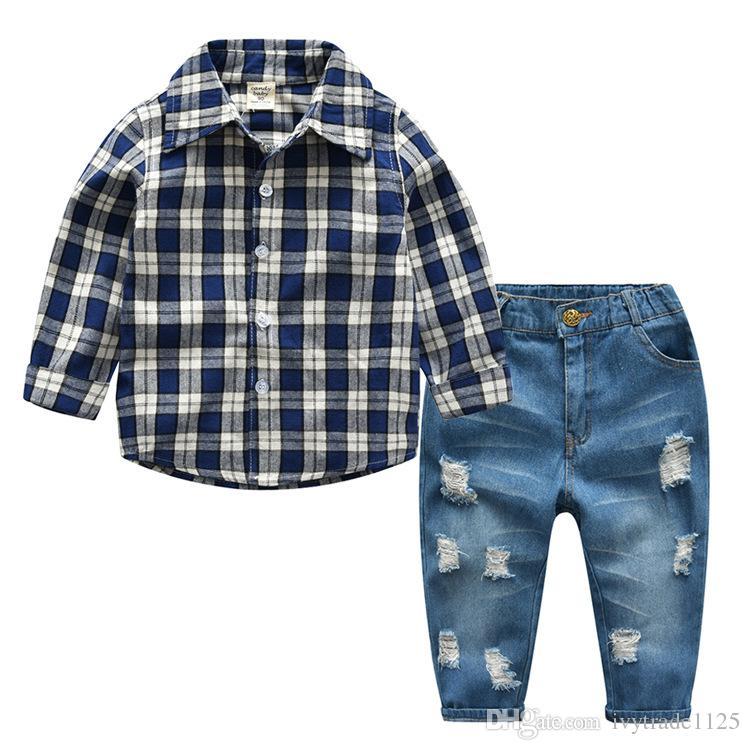 Kids Boy Gentleman Vêtements Ensemble Chemise à imprimé à Plaid à manches longues + Hole Denim Pantalons 100% coton garçon garçon enfants Vêtements de printemps chute de deux pièces ensembles