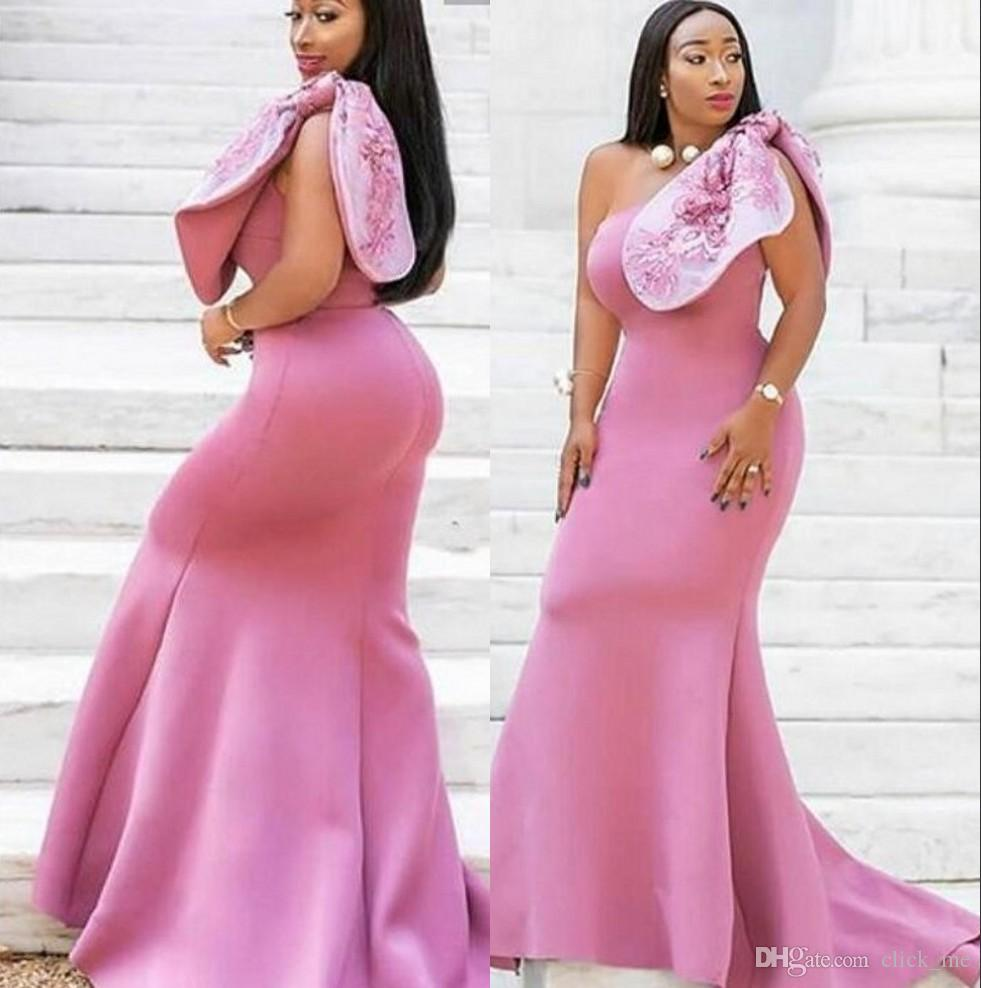 African Mermaid Bridesmaid Dresses One Shoulder Bow Appliques Plus Size  Wedding Guest Dress Satin Long Plus Size Maid Of Honor Dress Inexpensive ...