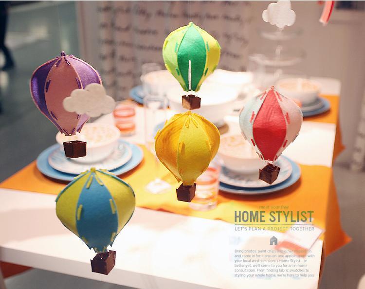 5 PCS / Lot DIY 3D Coloré Feutre À Air Chaud Ballon avec Blanc Nuage Drapeau Décoration Enfants Chambre Décoration