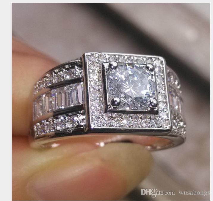 Anelli di diamanti da uomo in Europa e America. Fede nuziale in platino con 18 carati di moda