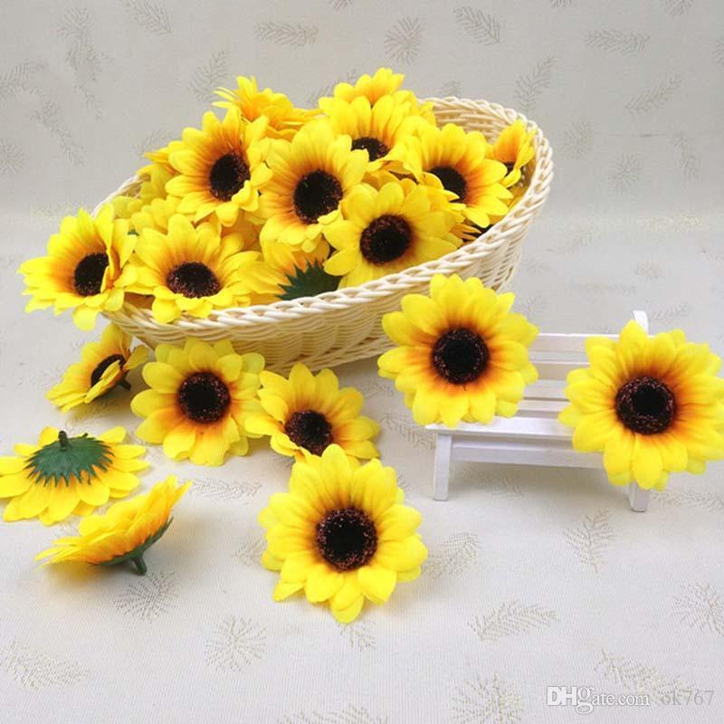 7 CM küçük güneş çiçek simülasyon ayçiçeği çiçek kafa toptan düğün bilek çiçek aksesuarları Ev Gelin Buketi Dekorasyon