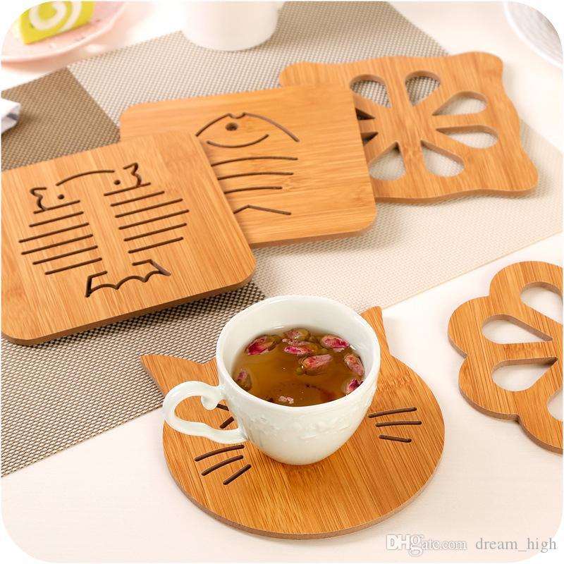 Oco de madeira Copa Mat Pad Resistente Titular bonito calor dos desenhos animados Placemat Coasters Pads mesa de bar Tea Mat Cup Coffee Ferramentas da cozinha