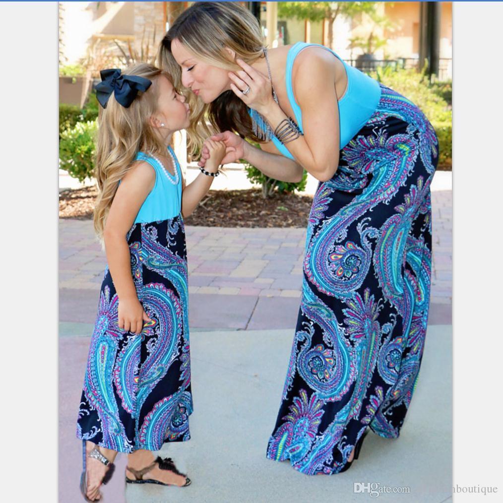 Madre y yo ropa a juego Madre e hija Vestidos de sol Niñas bebés Vestidos estampados Niños Padres Vestido de verano Trajes a juego de la familia