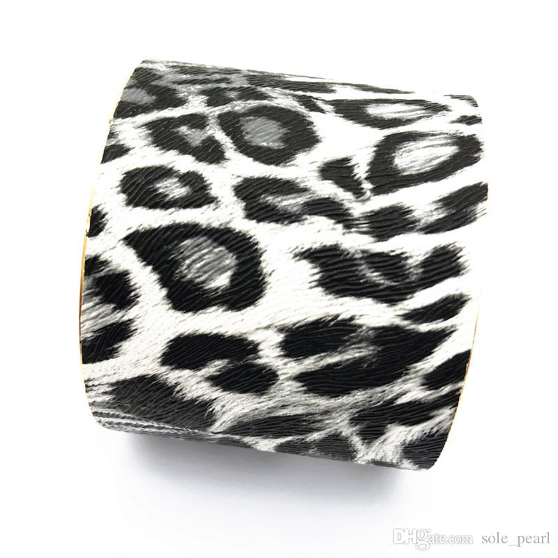 2018 New Imitation leather Cuff Leopard print Bracelets Wide mouth fashion South American style bangle for women Jewelry factory wholesale