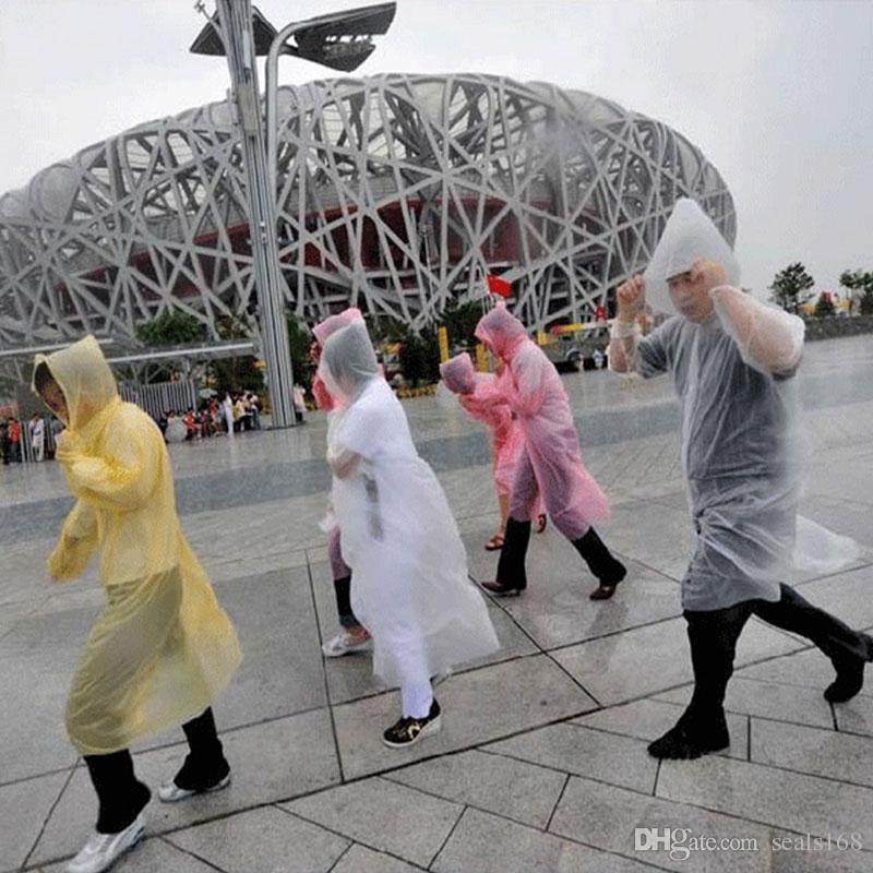 De una sola vez el impermeable caliente de la manera desechables PE abrigo impermeable poncho ropa impermeable viaje capa de lluvia Lluvia desgaste viajes capa de lluvia HH7-881