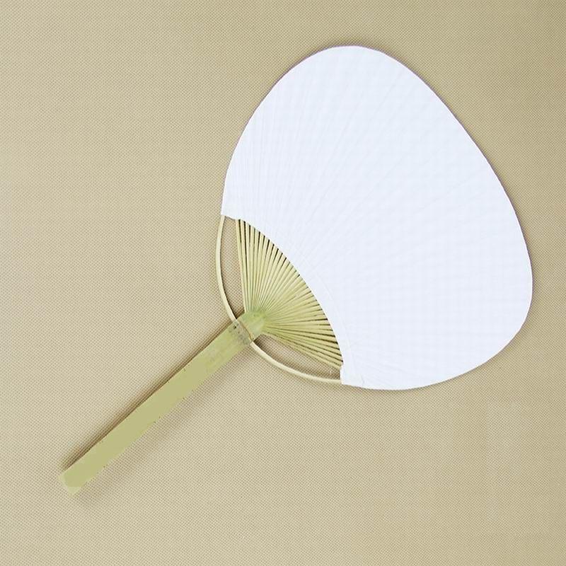 50 Sztuk Dużo Chic Papier Paddle Fani z bambusa Rama i Rękojeść Wedding Party Favors Gifts Paddle Papier Wentylator Hiszpański Wentylator