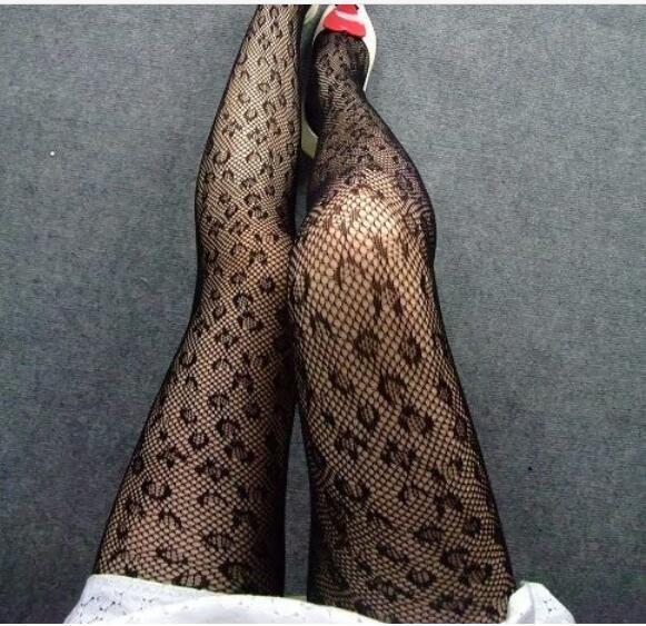 Donne estate sexy OL Hollow nightclub ragazza stampa leopardo Foro tondo pull maglia metallica collant elastico forza Jacquard anche calze piede base