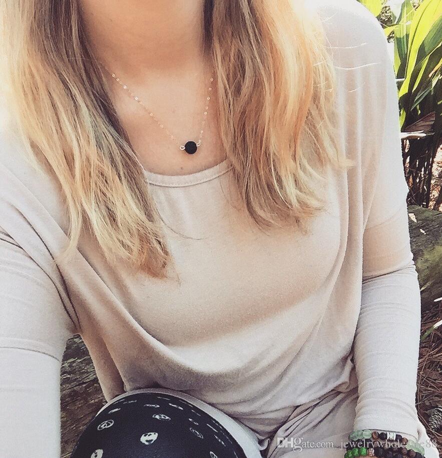 Lava-Rock Runde Perle Anhänger Halsketten Schlüsselbein Halsketten Natürliche schwarze Lava Anhänger Halskette