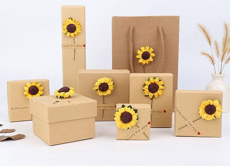 [Sencillo siete] Caja de joyería estilo Muji, caja de anillo de tendencia, caja de joyería agradable para collar, pantalla de reloj de girasol de festival