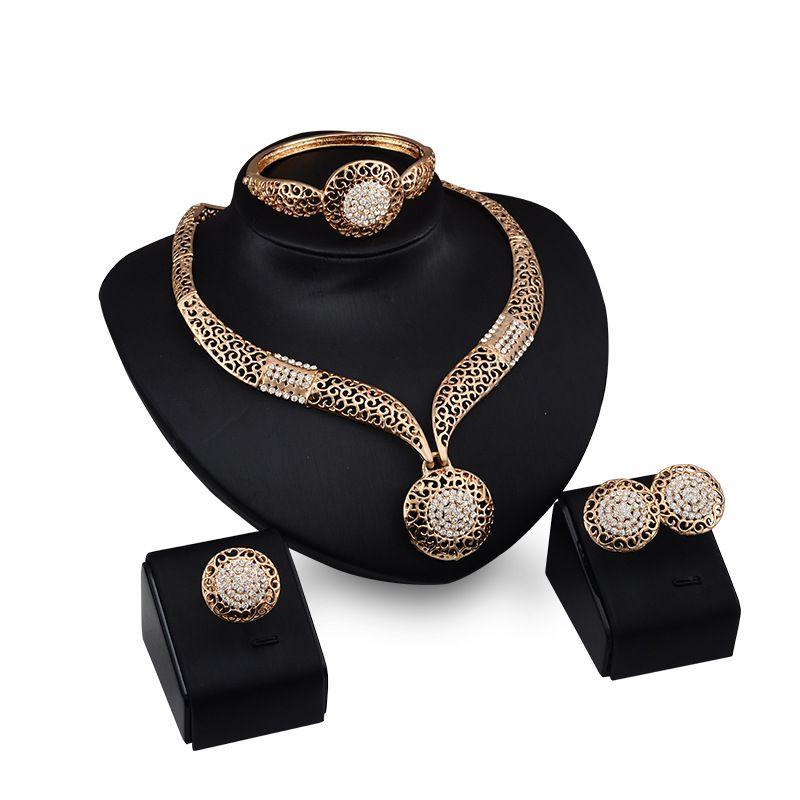 Dubaï luxe t18K plaqué or ensembles de collier de diamants diamant de mode ensembles de bijoux de costume de mariée (collier + bracelet + boucles d'oreilles)