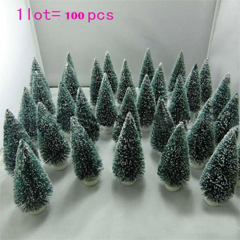100 pc Árbol de Navidad Mini Árbol de Navidad Una pequeña decoración de pino colocada en el escritorio Merry Mini Navidad