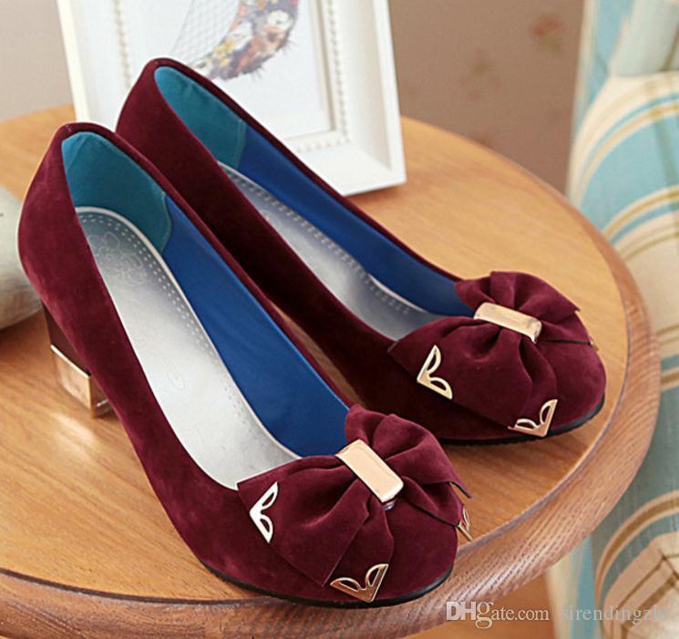 Envío gratis Primavera caliente y otoño Zapatillas individuales Tacón grueso Zapatos de tacón alto para mujer Tamaño grande 40--45 yardas Código pequeño 32 33 yardas