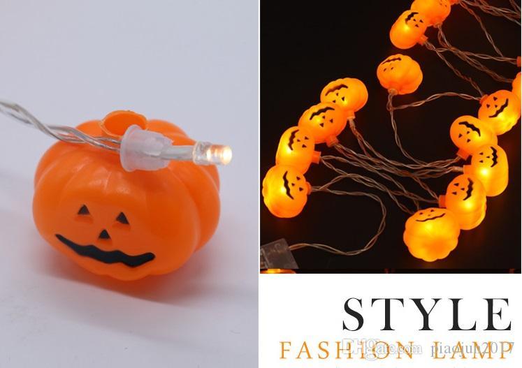 Orange OSALADI Figurine de citrouille Halloween Jack-O-Lanterne T/ête de Mort Fonctionne avec Piles LED Lampe Lumineuse D/écoration de Bureau