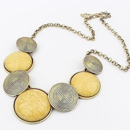 Meilleures ventes mode européenne restauration anciennes façons personnalité de la chaîne exagération métal ronde collier joker collier vous