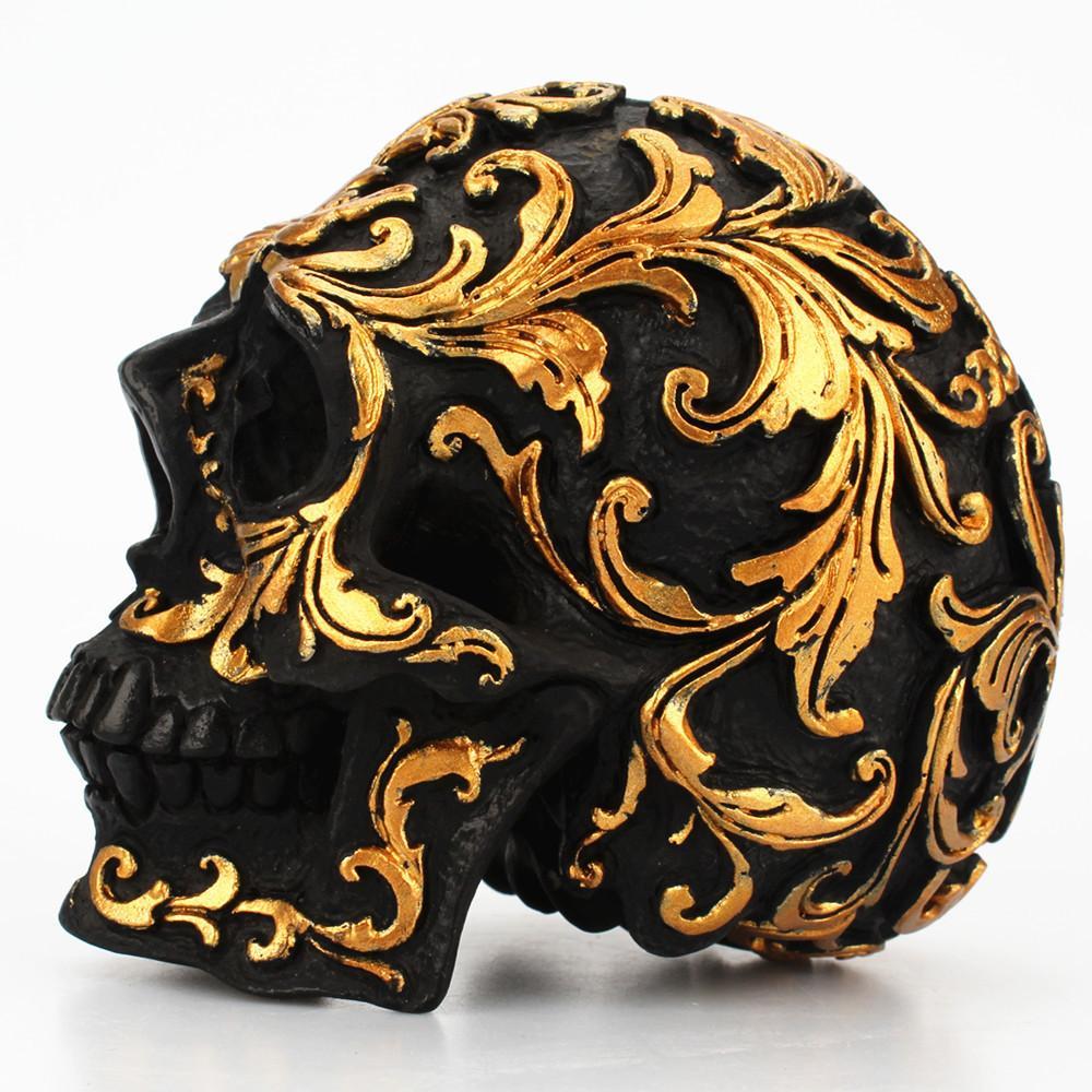 10 cm Reçine Zanaat Kafatası Şekil Heykel Masa Süsler-Orta Boy Siyah Altın Ton Çiçek Oyma Reçine Ölü Kafatası Cadılar Bayramı Ev Dekor