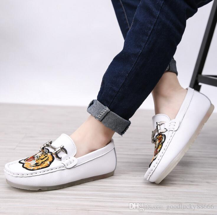 Boys genuine leather shoes retro color casual Flats sports 2018 spring models children tide Peas shoes England tide leather shoes