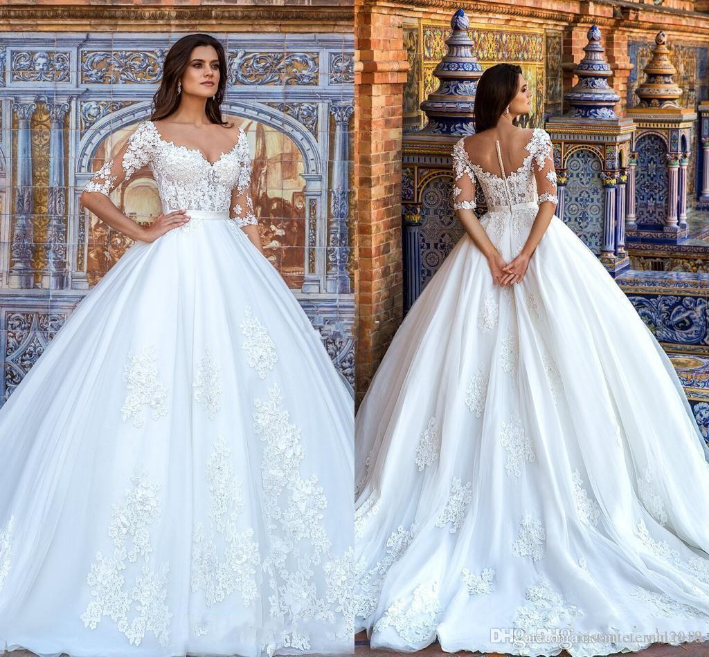 2018 Vestidos de novia Sweetheart Illusion medias mangas de encaje apliques 3D flores con cuentas botón Back Sweep Train más el tamaño formal vestidos de novia