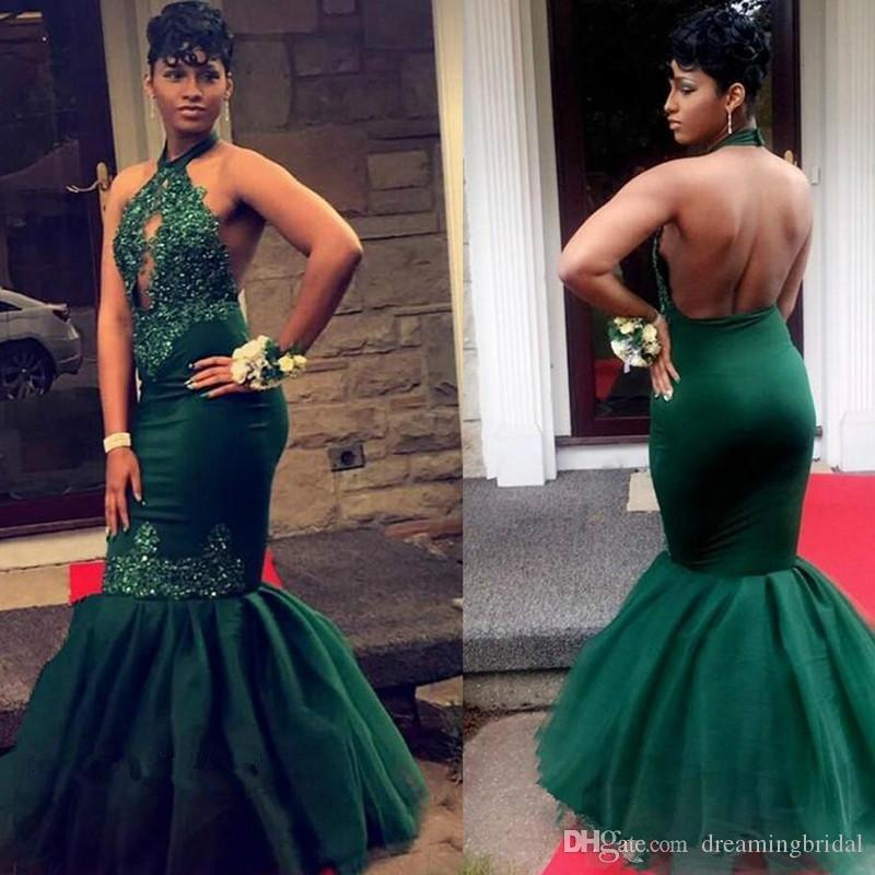 Dark Green Mermaid Prom Dresses 2018 Neue Open Back Lace Applique Perlen bodenlangen Neckholder formale Abendkleid Party Kleider