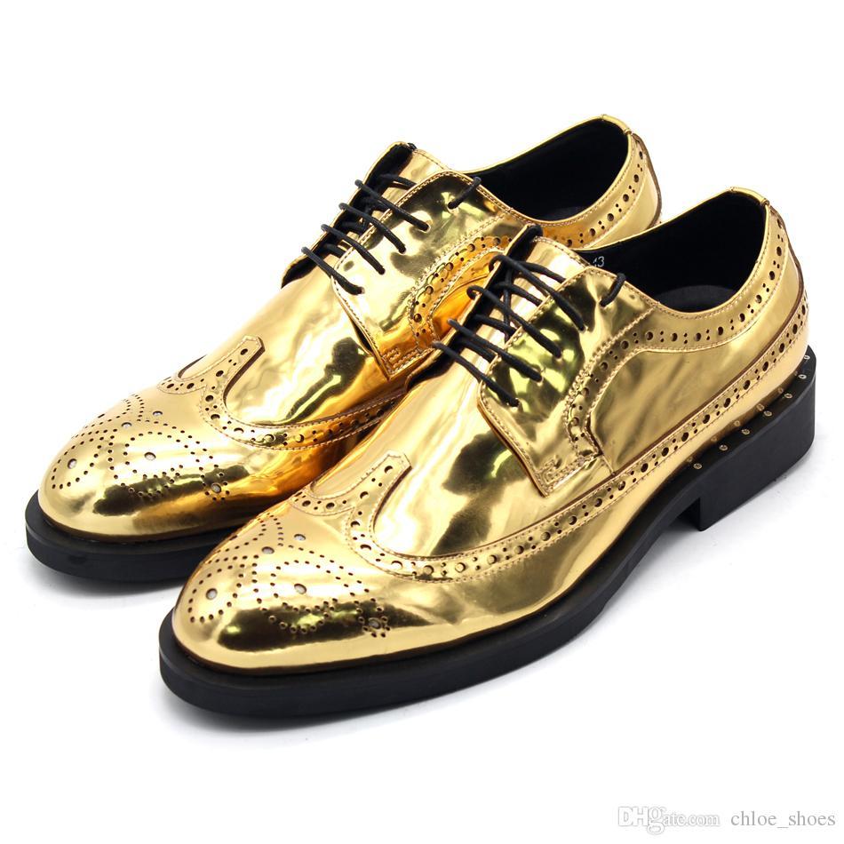 Homens de ouro formal terno vestido sapatos artesanais esculpidos no brogue t shoes festa sapatos de estilo britânico